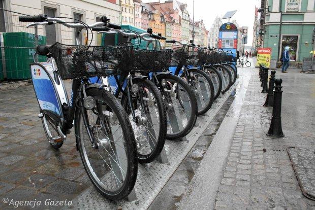 http://torun.gazeta.pl/torun/1,79568,15246669,Rower_miejski_przyjedzie_do_Torunia_z_Rzeszowa.html
